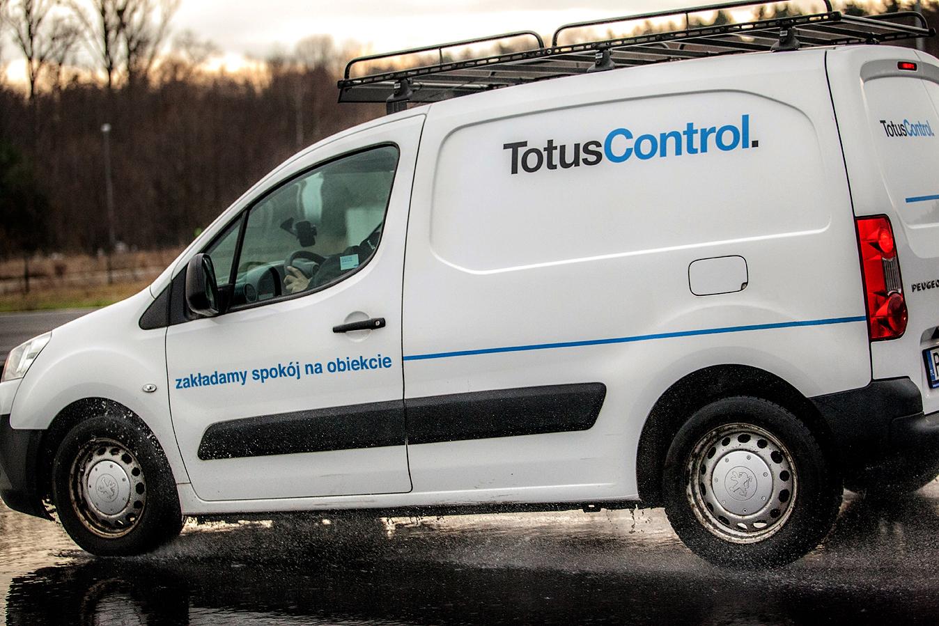 totus_control_fot-maciej_bogunia06